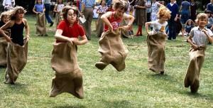 AS0000154F06 Primary school children, sports day